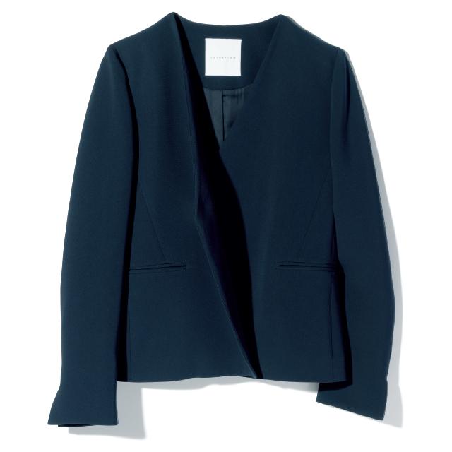 ボタンの開閉で表情が変わるエストネーションのジャケット