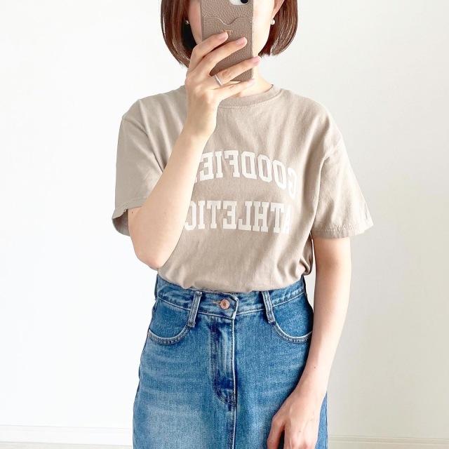 夏セール!秋まで使えるベージュロゴTシャツ【tomomiyuコーデ】_1_1
