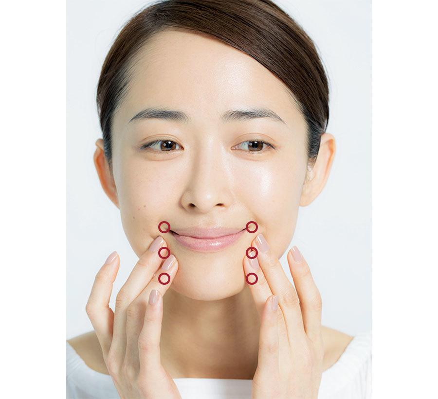 1日1回を習慣に。小田切ヒロの「小顔を作るマッサージ」_1_3