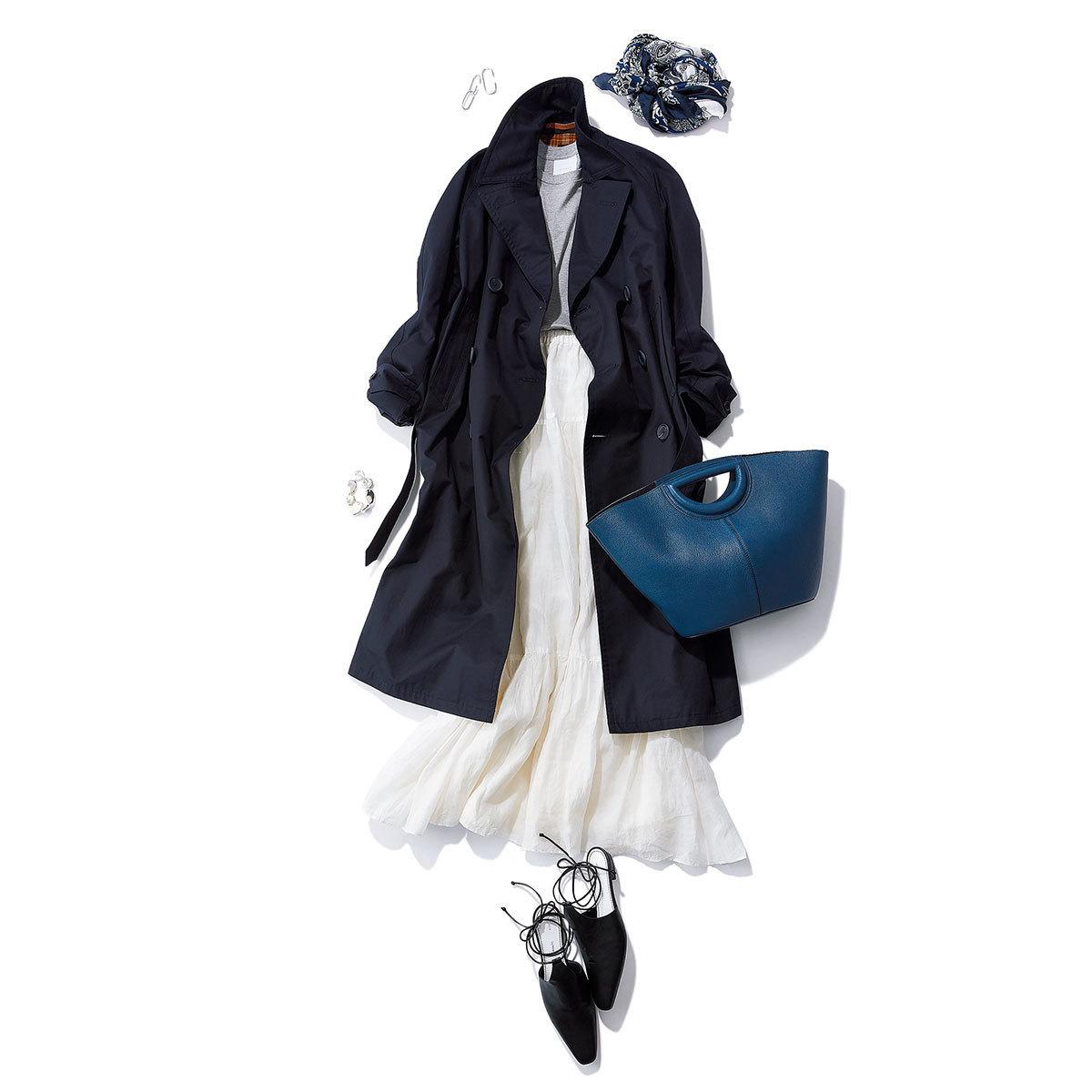 ネイビーのトレンチコート×白のロングスカートコーデ