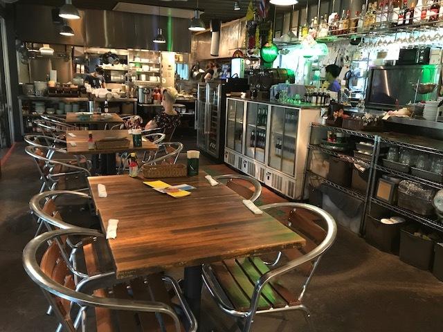 「蜜」の心配不要!緑の中のオープンテラス レストラン♪_1_2-2