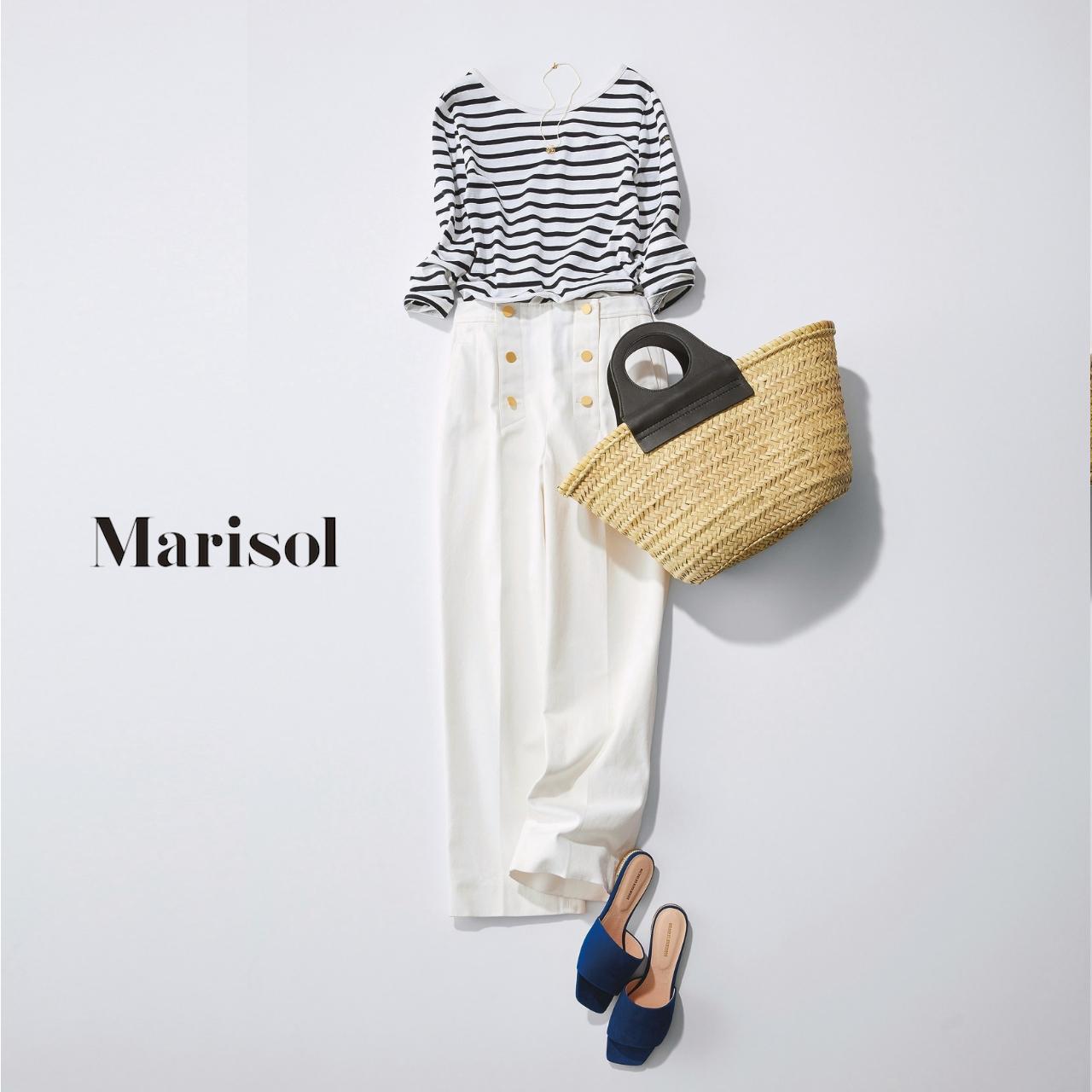 40代ファッション ボーダーカットソー×白パンツコーデ