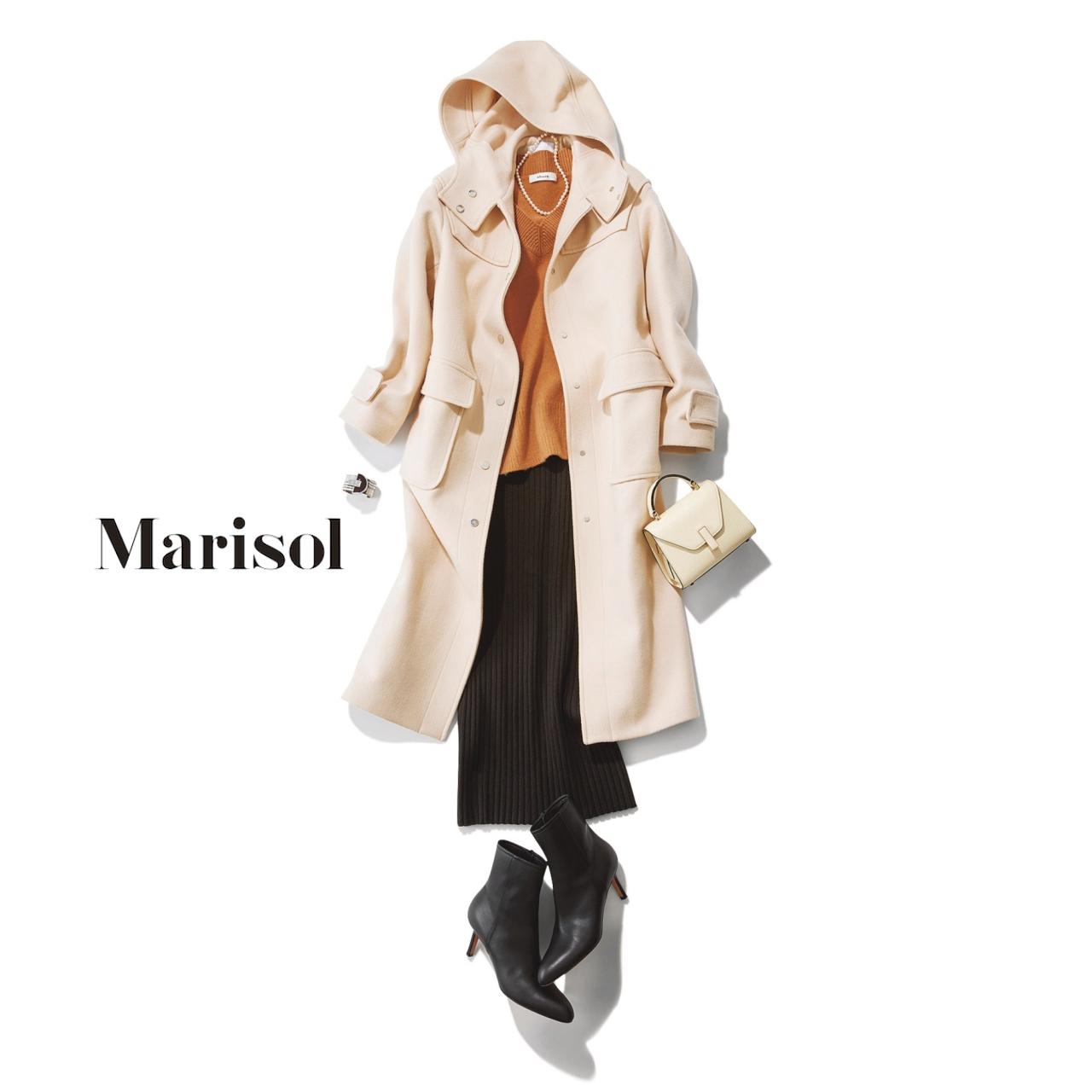 40代ファッション 白コート×ニット×黒スカートコーデ