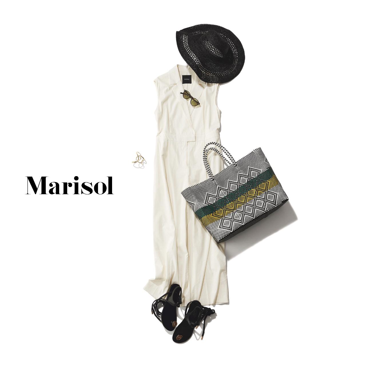 40代ファッション  白オールインワン×帽子×ヒールコーデ