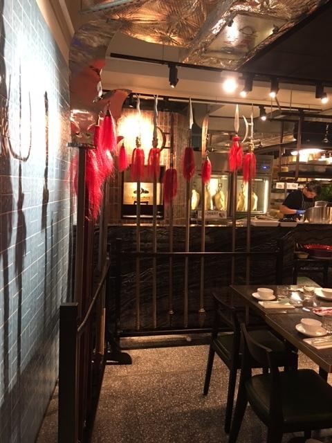 香港地元っ子に大人気♪カンフーのテーマレストランがオープン。_1_2-2
