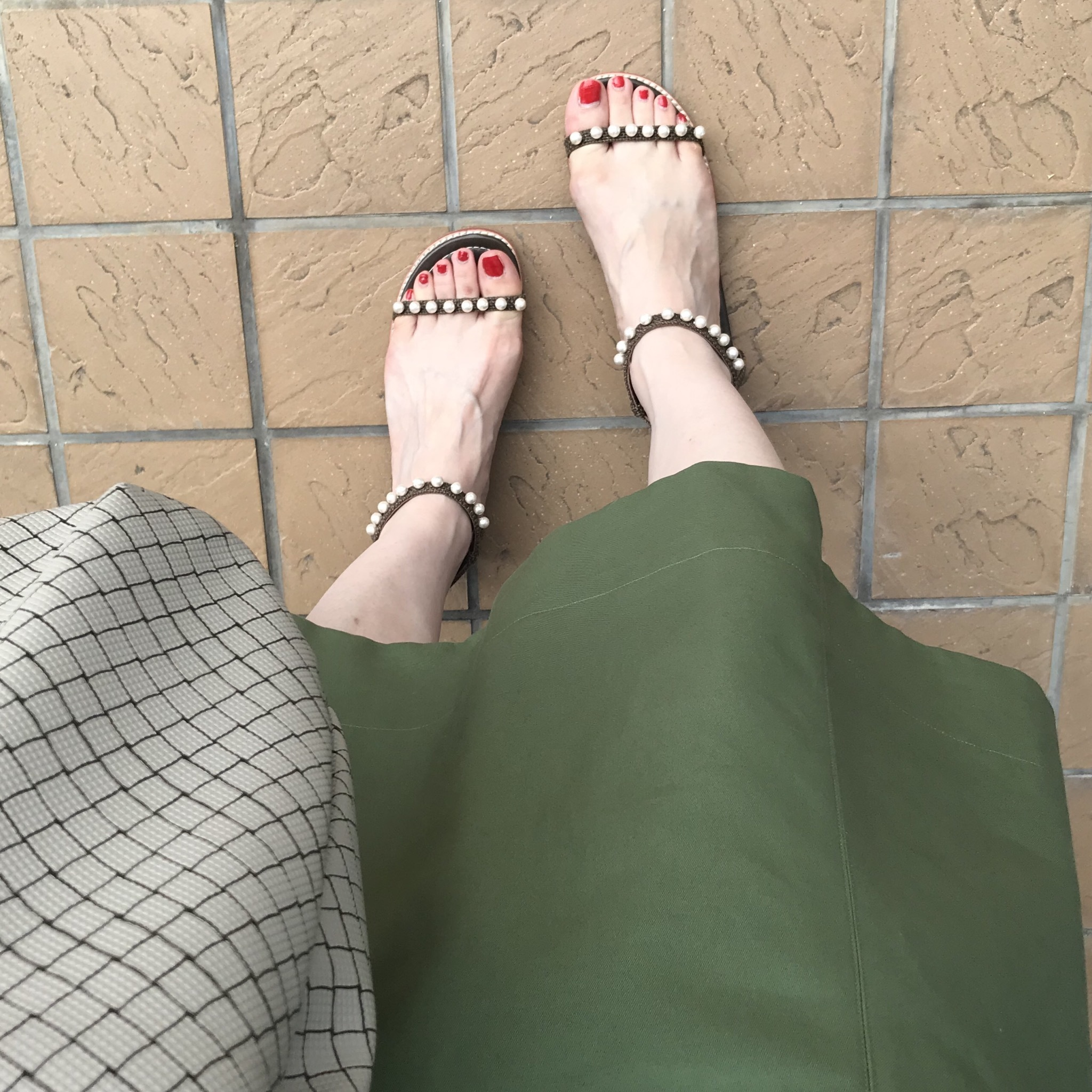 リアル通勤コーデ。夏が来た月曜日。ストライプシャツで爽やかワンツーコーデ!_1_3