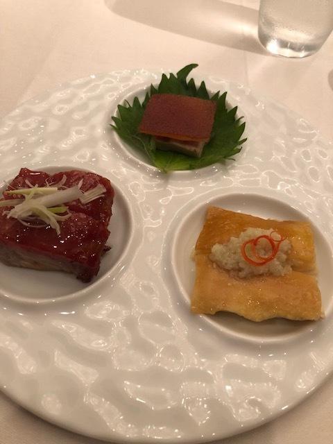 広東料理の最高峰Lung King Heen(龍景軒)へ_1_1-3
