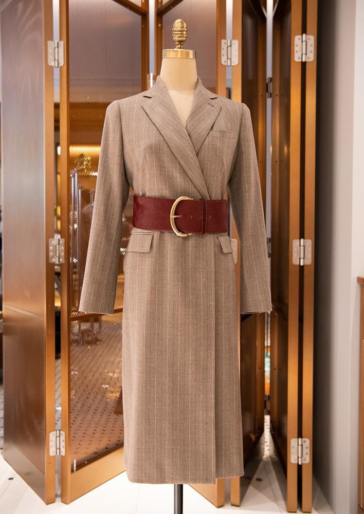 ポール・スチュアート青山本店のコートドレス