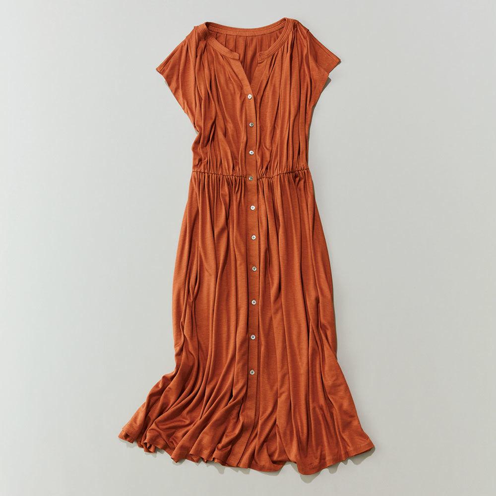 40代ファッション2019年夏のお仕事服_とろみワンピース