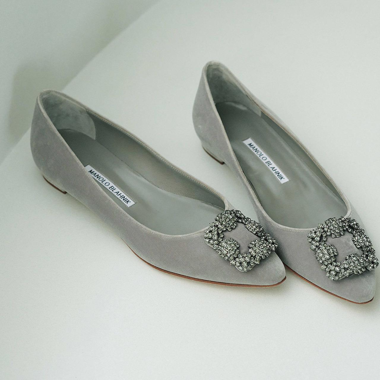 MANOLO BLAHNIKのフラット靴