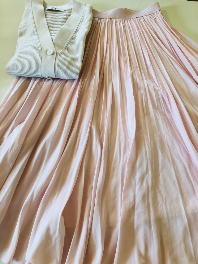 桜色のスカートで淡コーデ_1_1