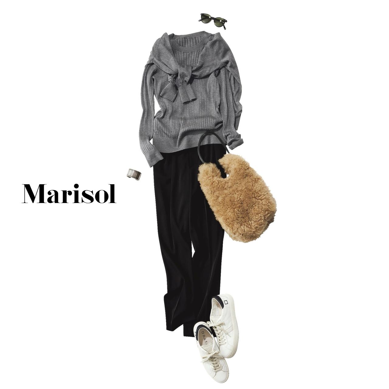 40代ファッション グレーニットアンサンブル×黒パンツコーデ
