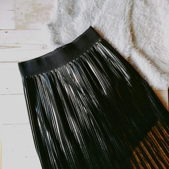 ZARAのプリーツスカートは、意外なレザー素材で◎_1_1