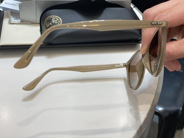 ピッタリサイズのサングラスをメガネ専門店イワキにて_1_3