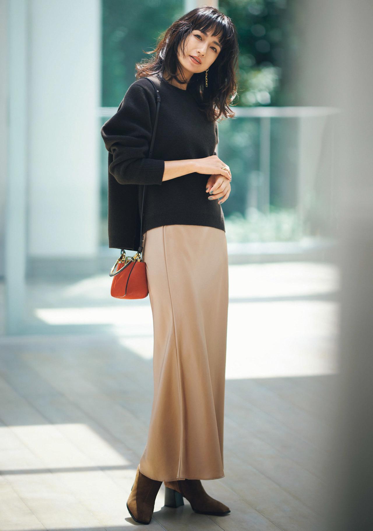 ニット×ナローシルエットのスカート