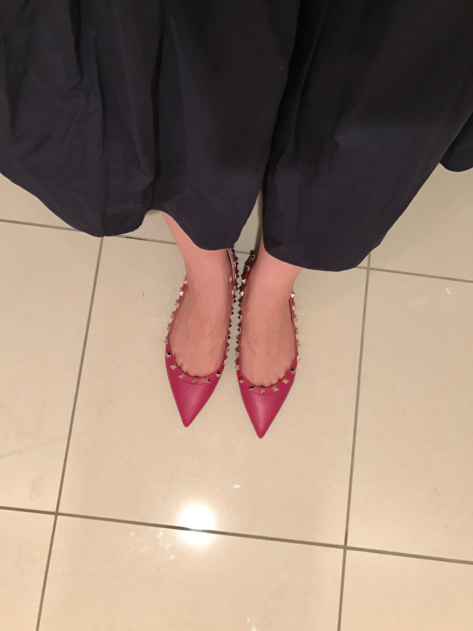 アラフォーの若々しさの秘訣は、フラット靴!!_1_2