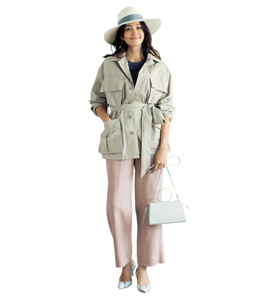 ベージュ リネン パンツ 薄手のサファリジャケット