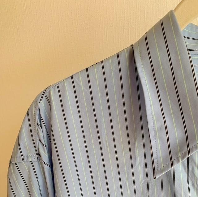 【今1990円】ユニクロユーのゆったりシャツは着るだけでサマになる大人シルエット_1_4