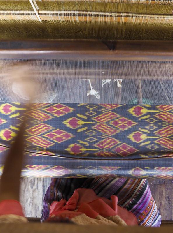 <ミャンマーの旅>こんな所にパゴダ(仏塔)驚きのインレー湖(インレー湖-①)_1_4-4