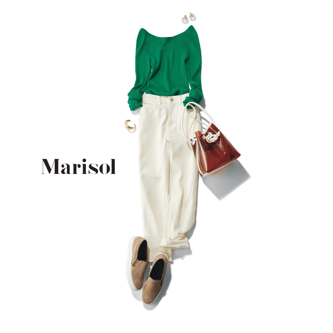 40代ファッション グリーンカットソー×ホワイトデニムコーデ