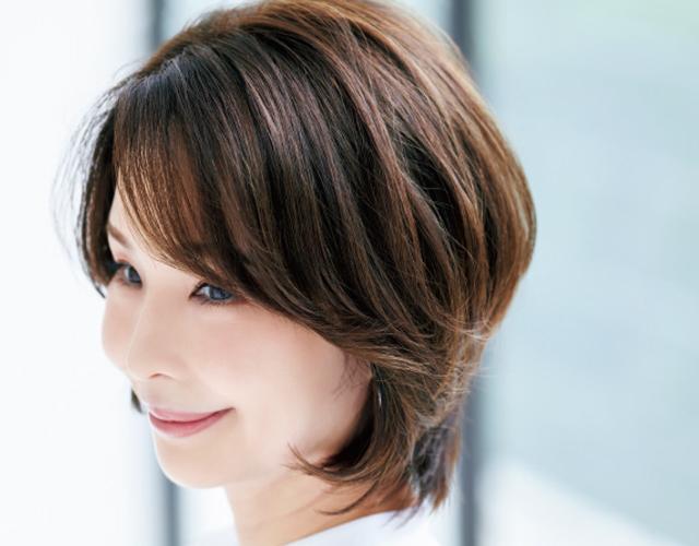 【大人のヘアカラー研究】「明るめツヤラベンダー」で透明感と今どき感を演出!