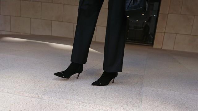 歩きやすく、こなれ感を出せる靴といえば・・・_1_2