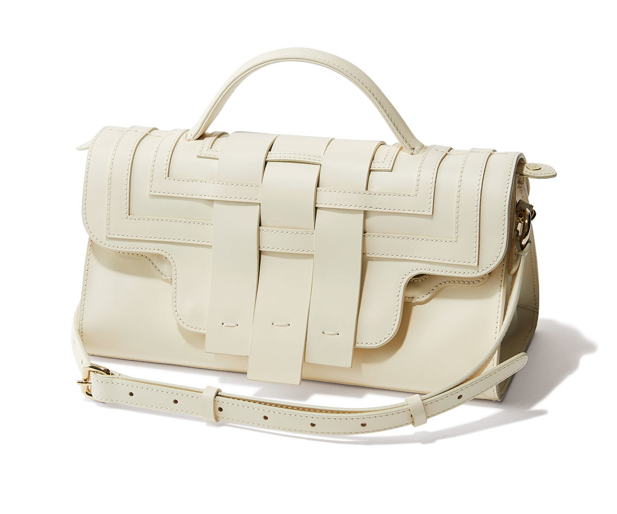 40代ファッション2019年夏のお買い物_ZANELLATOのホワイトバッグ