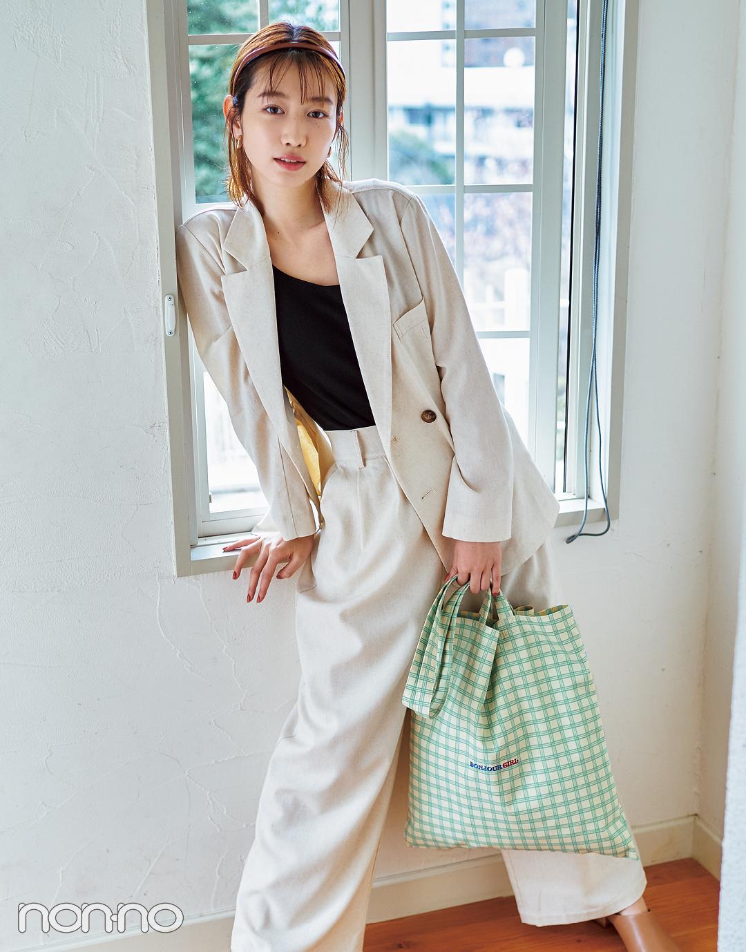 岡本夏美のカラートートバッグのコーデ1