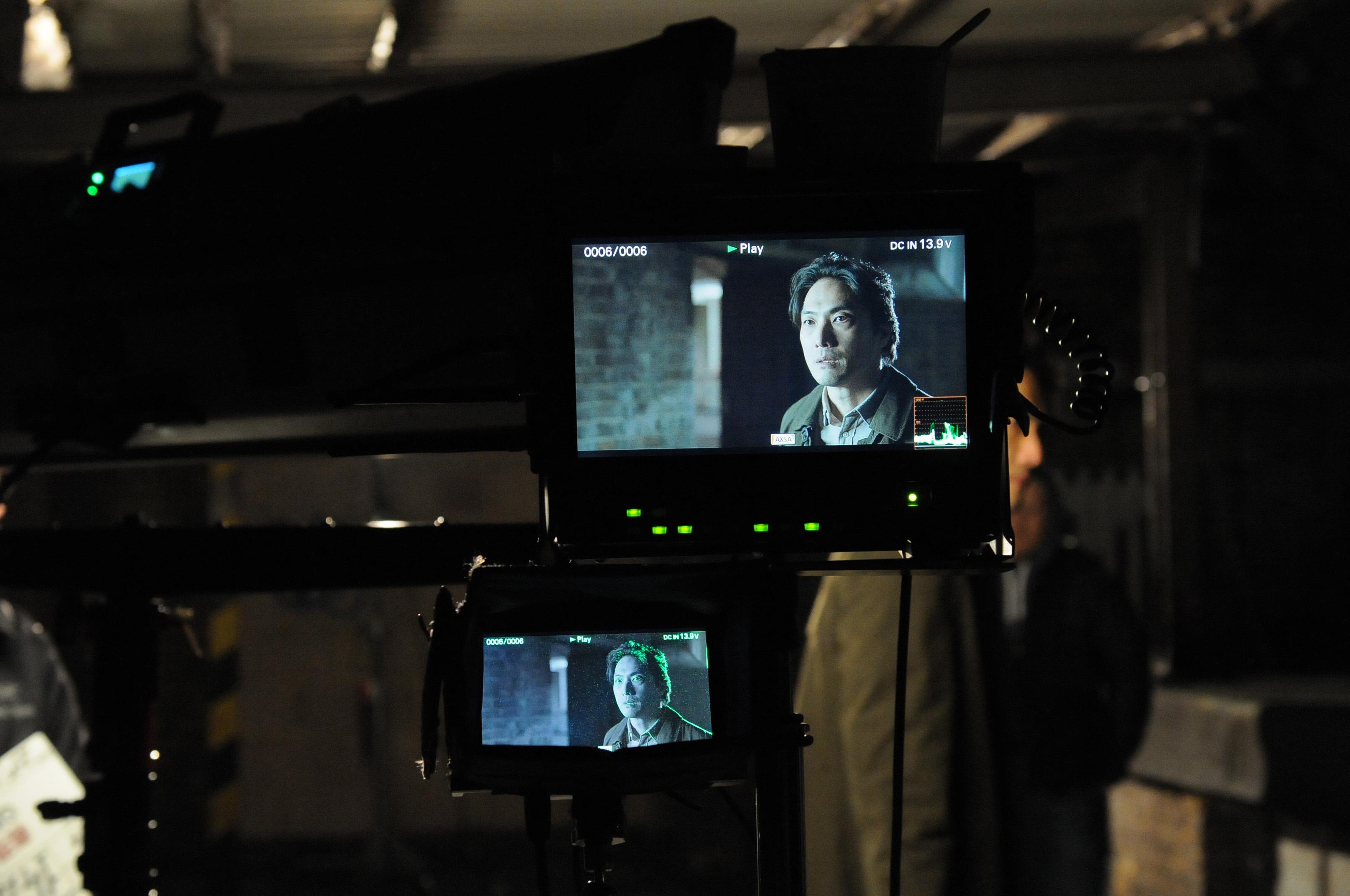 ハマること必至の英国ドラマ「Giri/Haji」。平岳大さん、厳寒ロンドンでの撮影は……。_1_3
