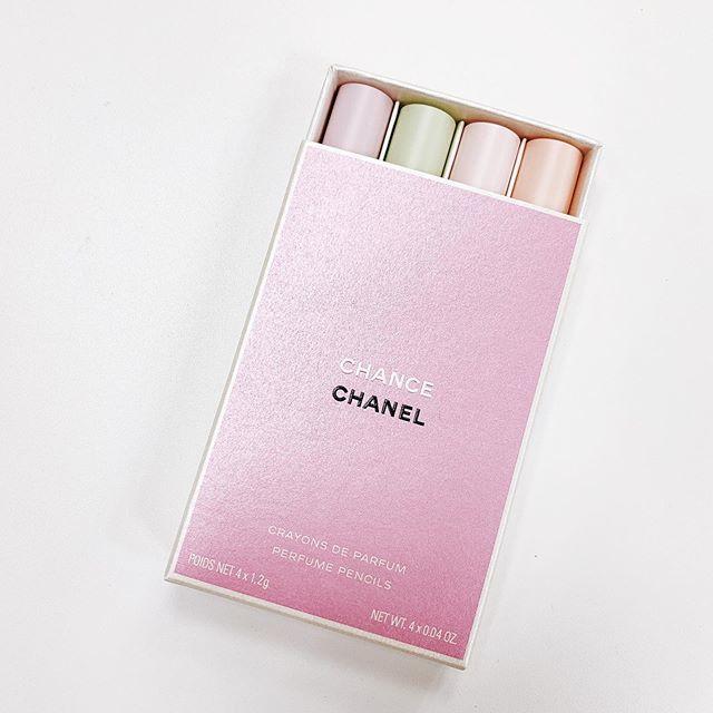 好きな時に香りを着替える♡思わずひと目ぼれしたシャネルの「ペンシル型フレグランス」_1_2