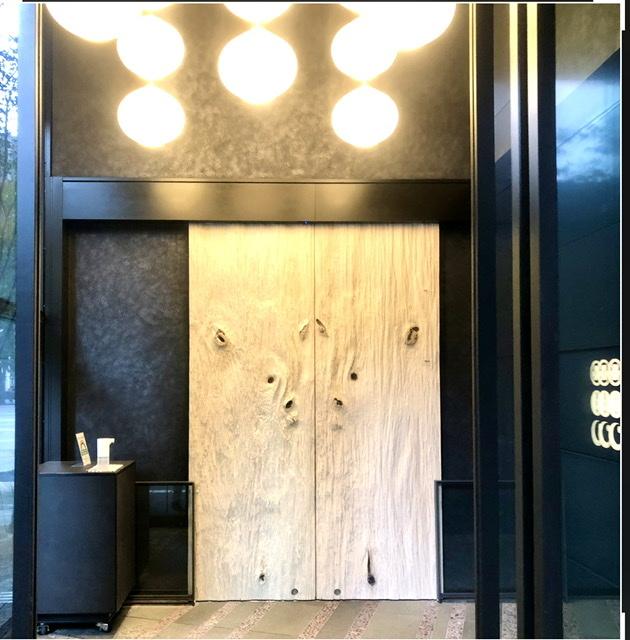 星のや東京、入口の扉