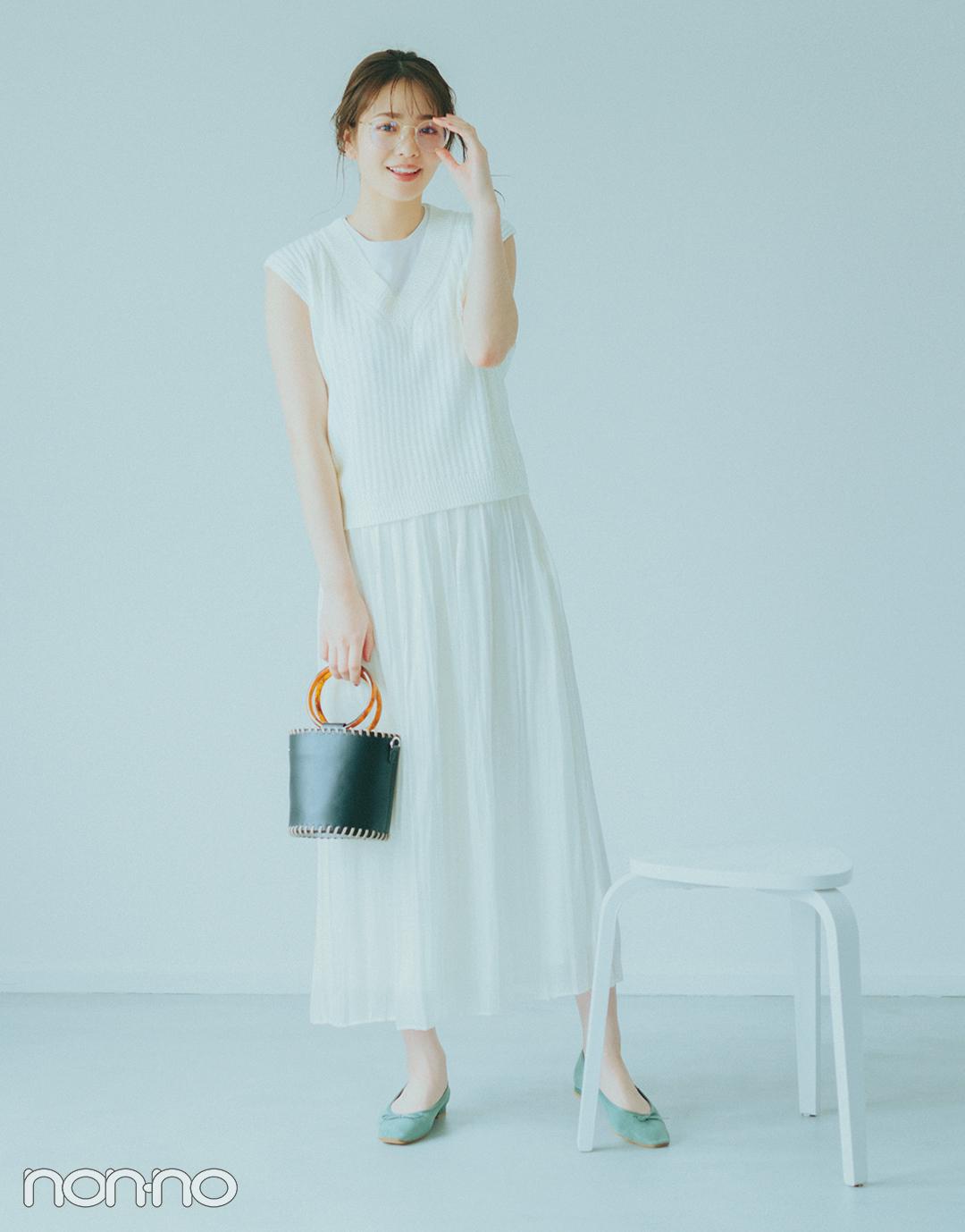 『横田真悠』の『ノースリTシャツ』モデルカット3−3