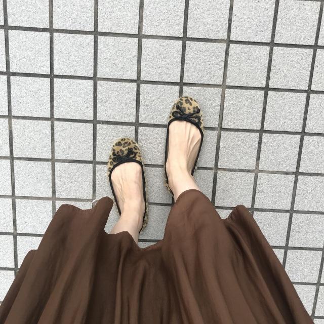 揺れ感が美しいプリーツスカートの足元の正解は?_1_3