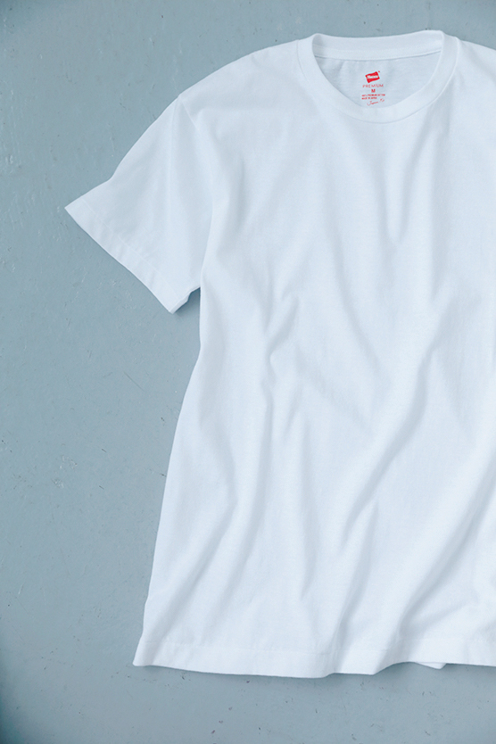 村山佳世子さんが提案するプチプラファッション名品はヘインズのTシャツ