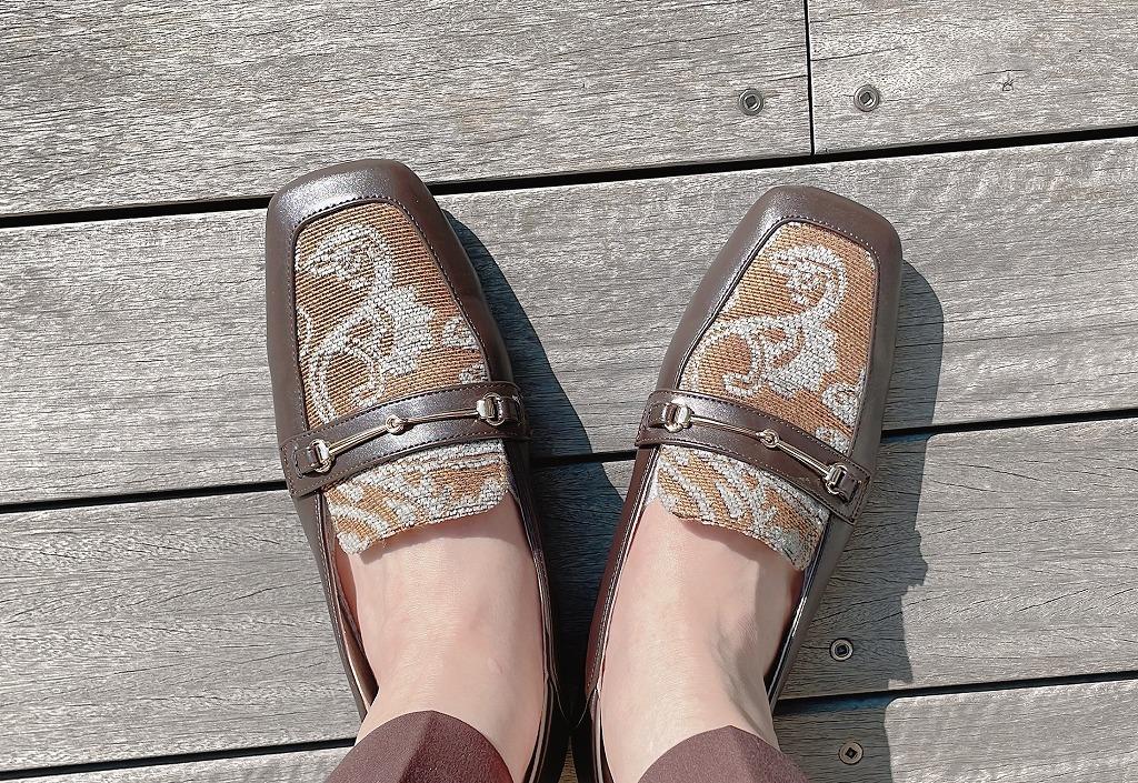 男顔フラット靴にワイドパンツスタイルで初秋の景色を楽しめるカフェへ。_1_1