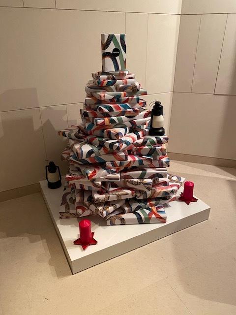 毎年恒例!クリスマス仕様の素敵なアフタヌーンティーへ_1_3