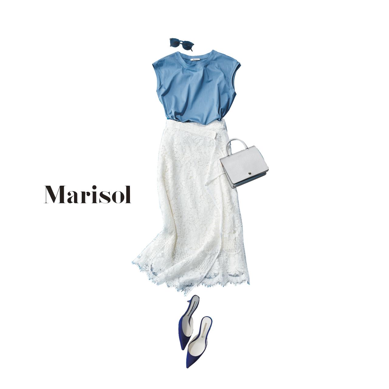 スモーキーブルー×白は今の季節にぴったりな清涼感のある組み合わせ!