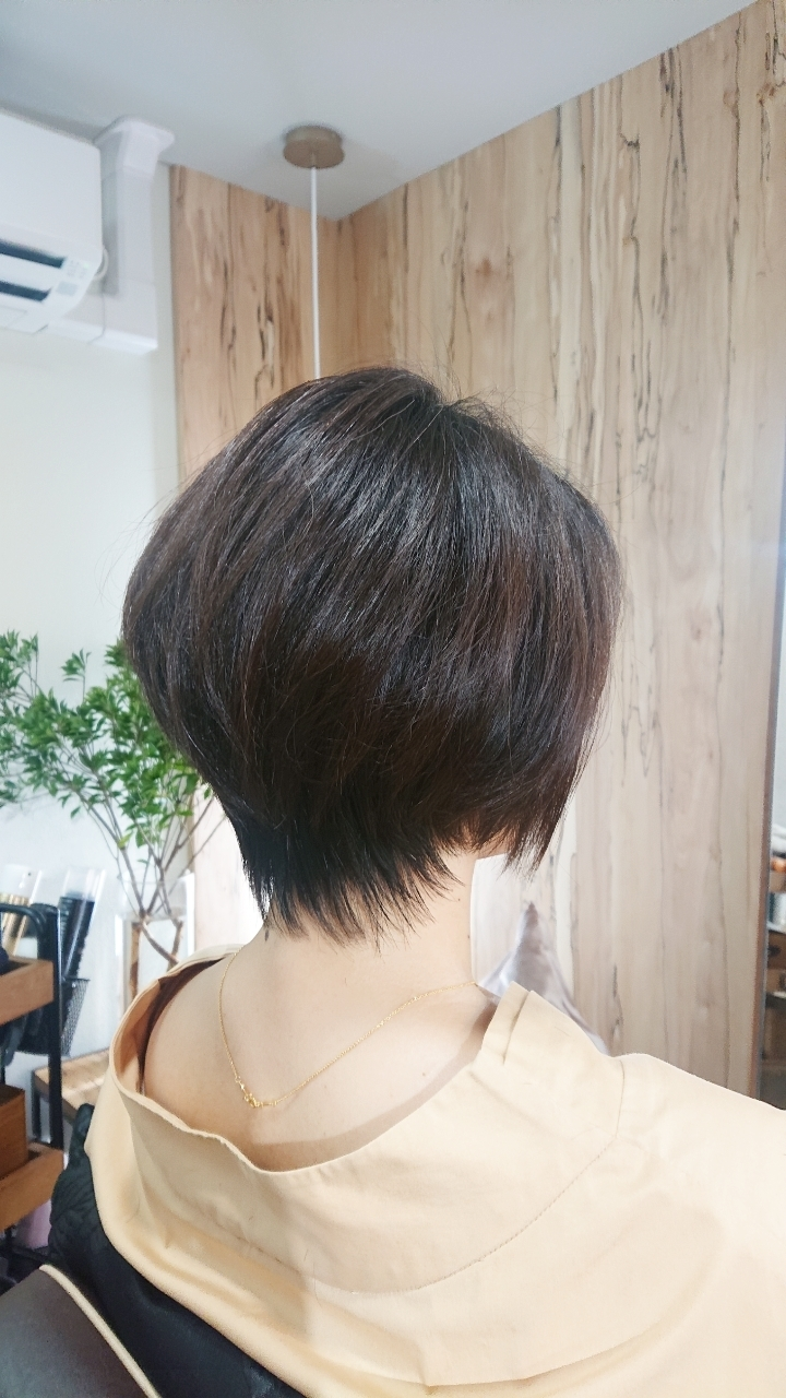 アラフィー世代 髪型