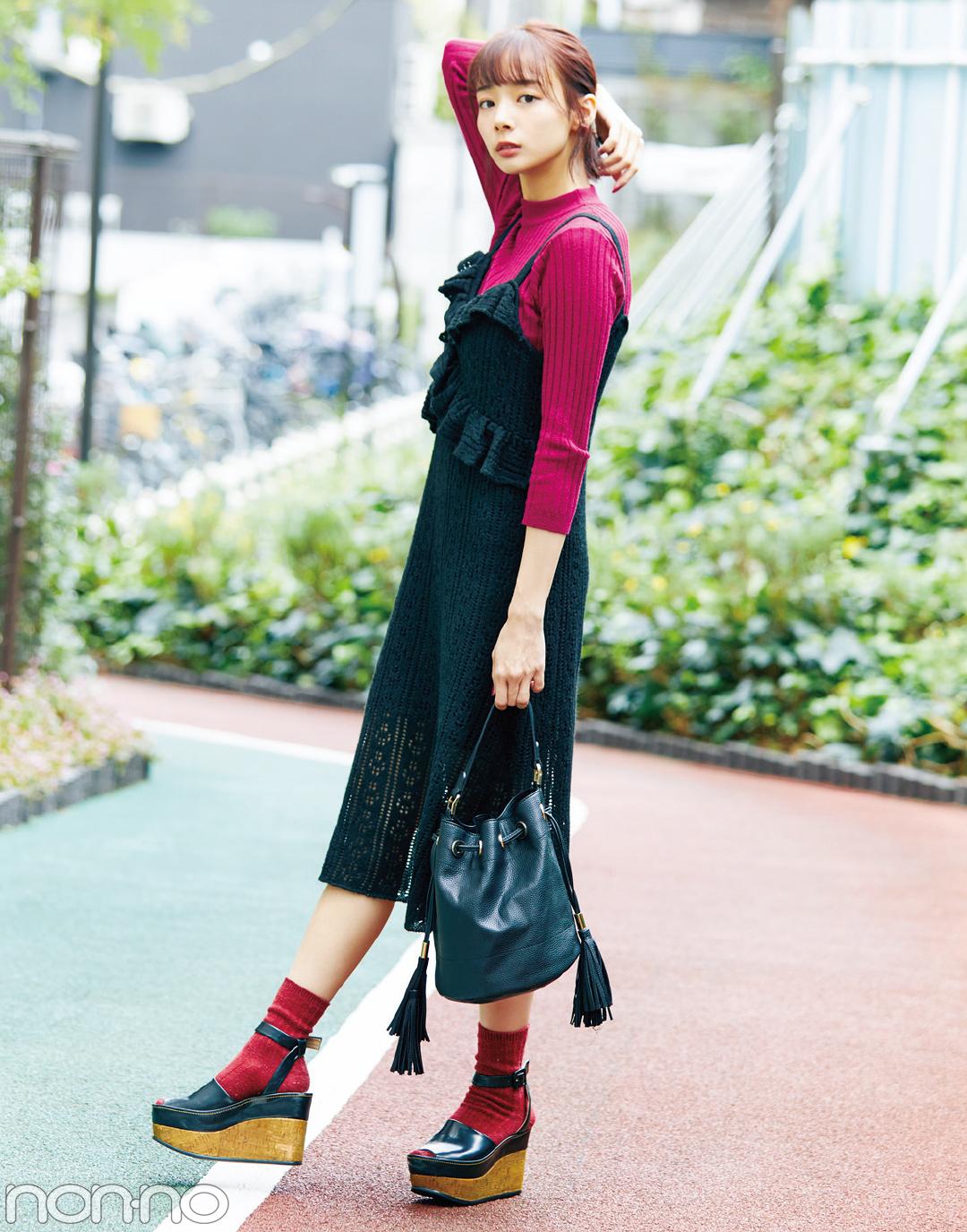 モデルのバッグの中身が見たい! 岡田紗佳&松川菜々花の私物を拝見♡ _1_1