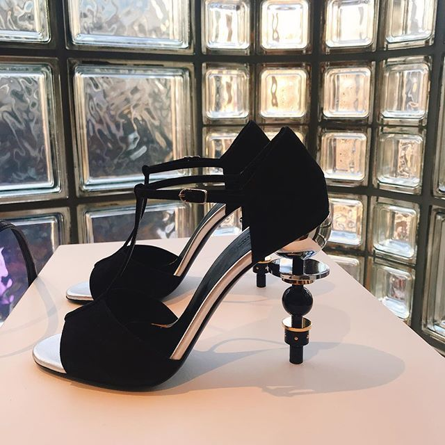 2019年春夏のエルメス展示会へ。美しいアートのような靴たちにテンションアップ!