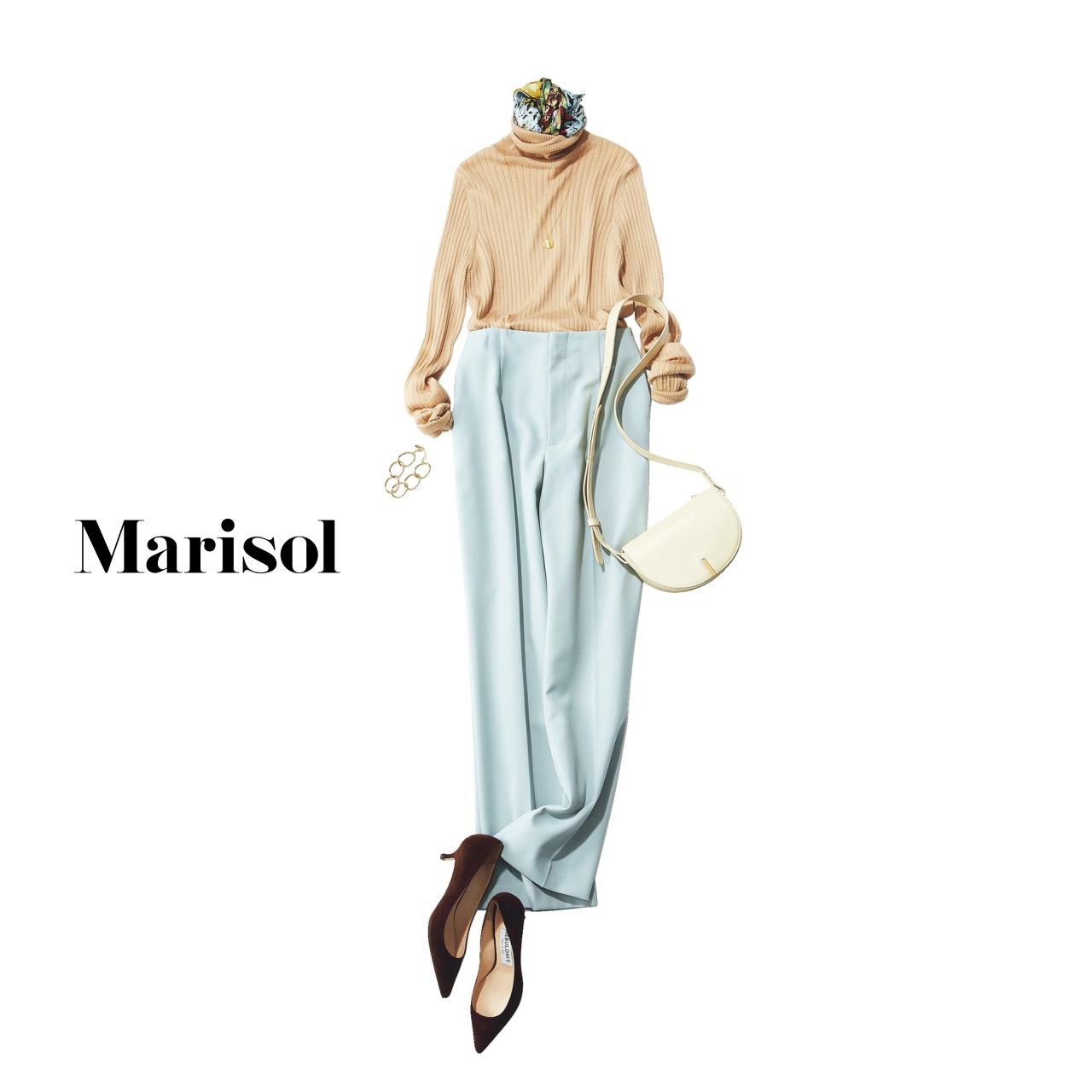 40代ファッション ベージュタートルネックニット×ペールブルーパンツコーデ