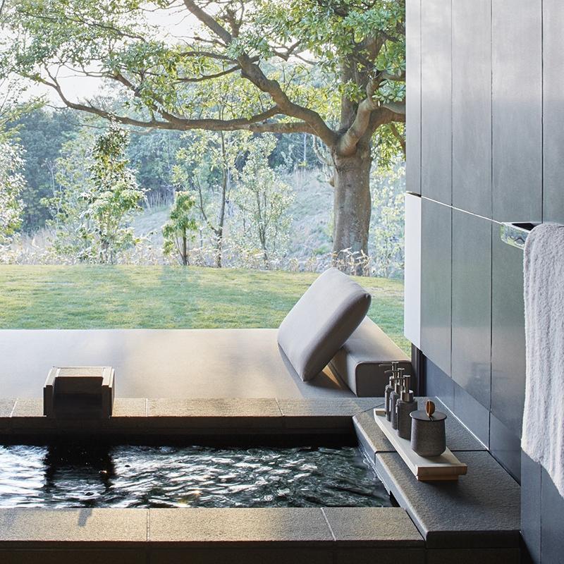アマネムのスイート、ヴィラにそれぞれに引かれている天然温泉