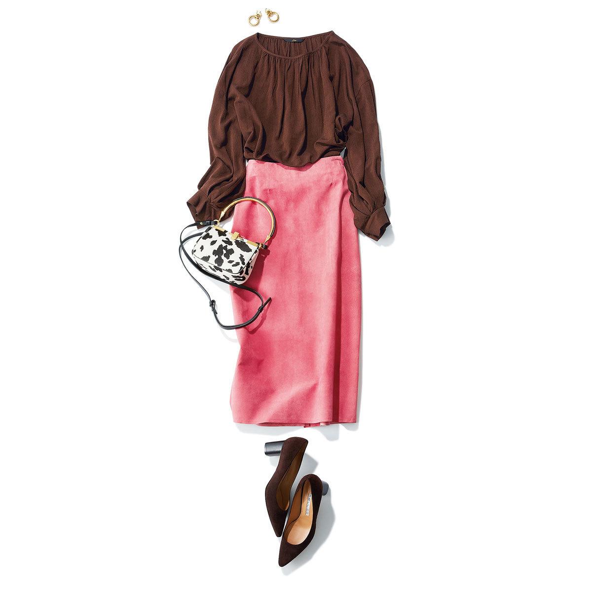 ブラウス×タイトスカートのブラウンコーデ