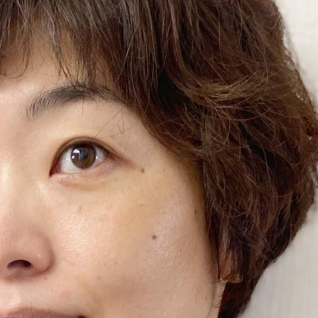 新発売の毛穴パテ職人『エッセンスBBクリーム』_1_4-1