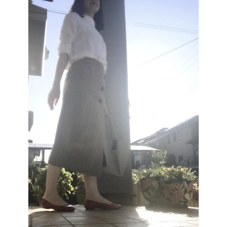 リアル通勤コーデ。やっと晴れた金曜日はチェックのスカートで秋らしさをプラス!_1_1
