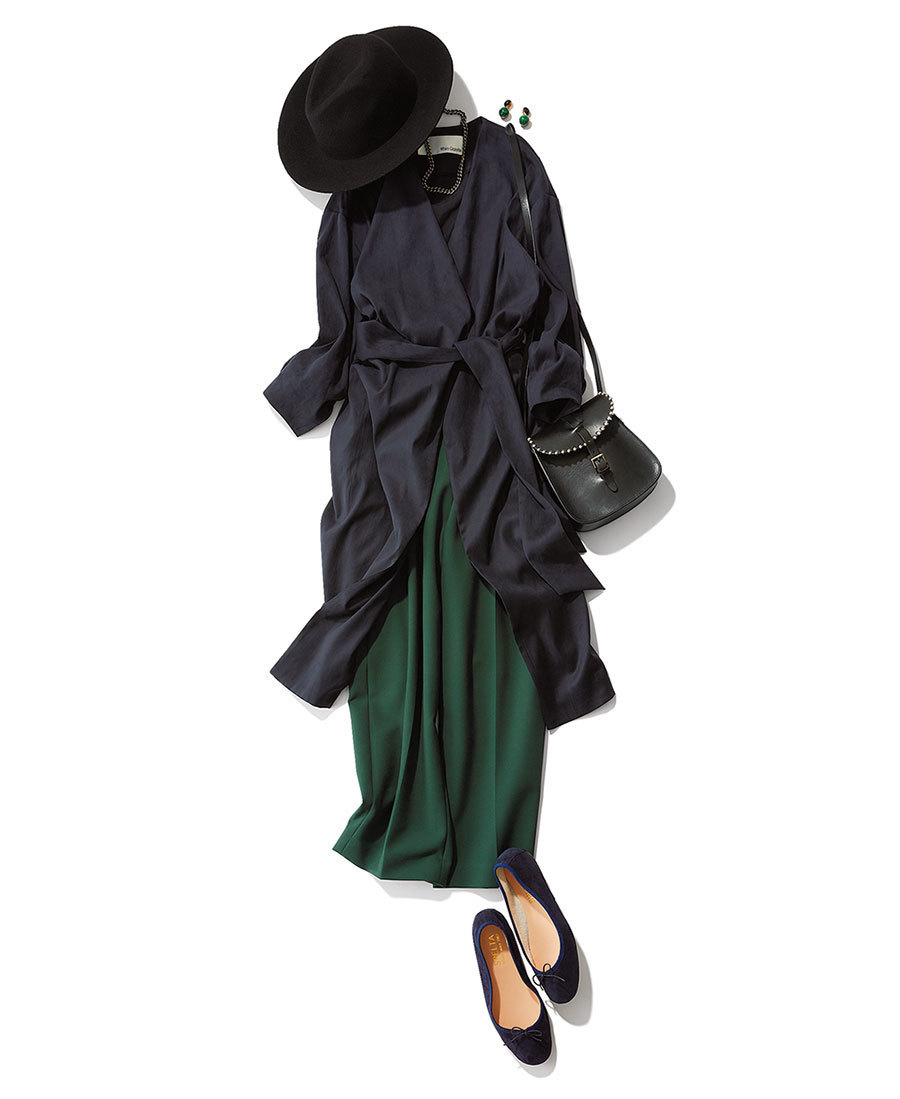 ワンピース×グリーンパンツのファッションコーデ