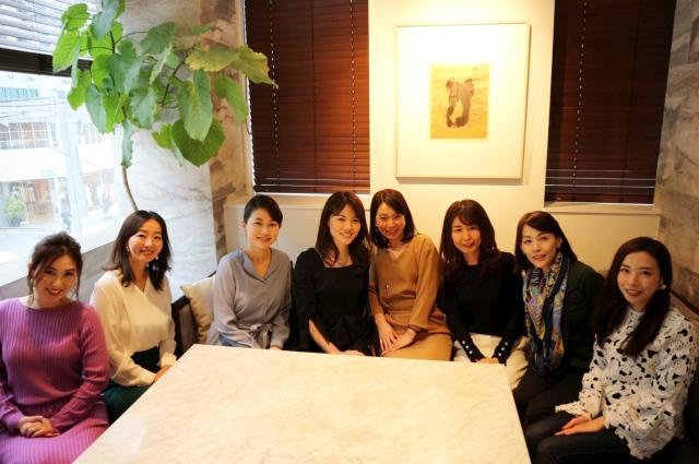 先日は美女組同期メンバーとランチ会でした♡左からrinさん、miyaさん、宏美さん、yukoさん、tomomiさん、らんさん、azusaさん