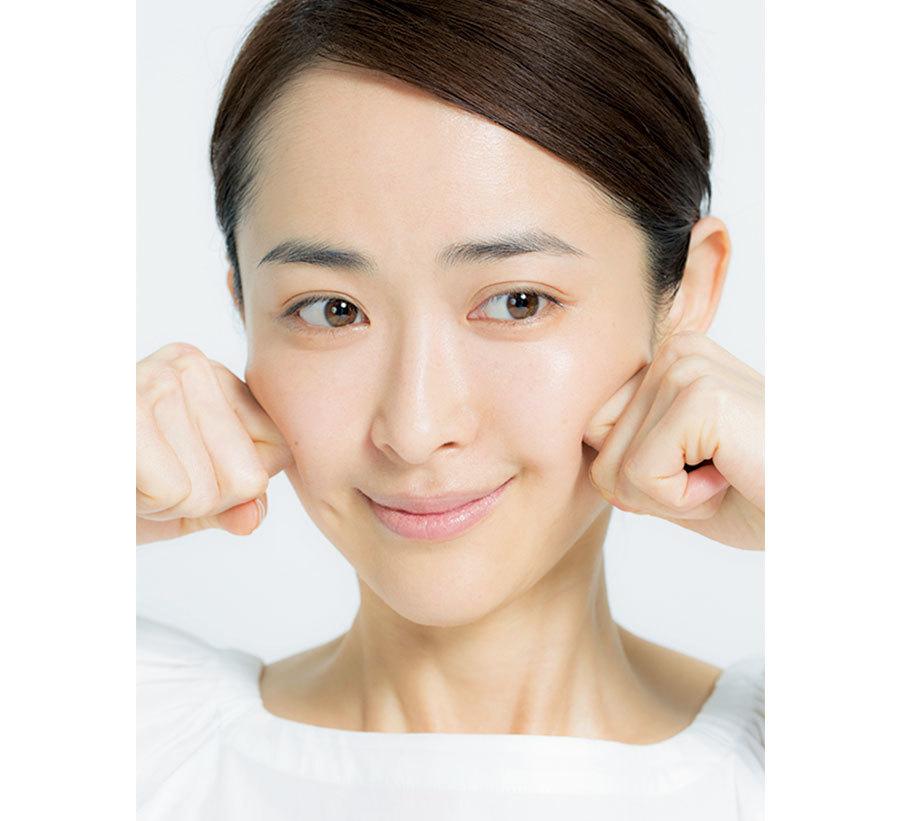 1日1回を習慣に。小田切ヒロの「小顔を作るマッサージ」_1_5-2