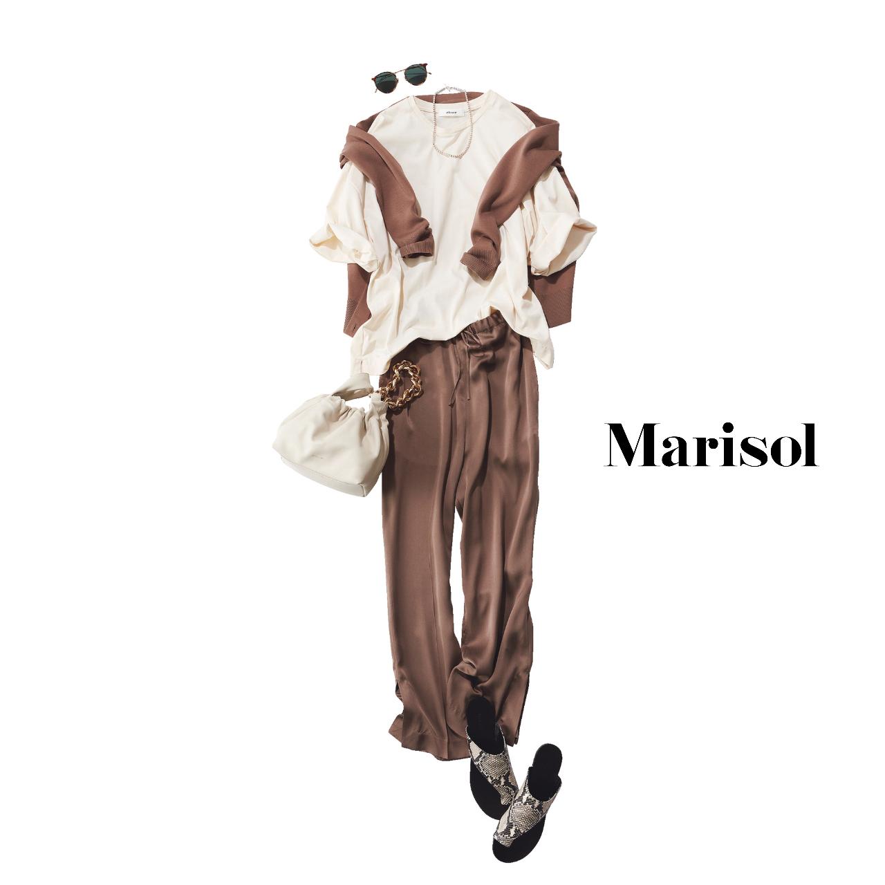 40代ファッション  Tシャツ×パンツ×サンダル コーデ