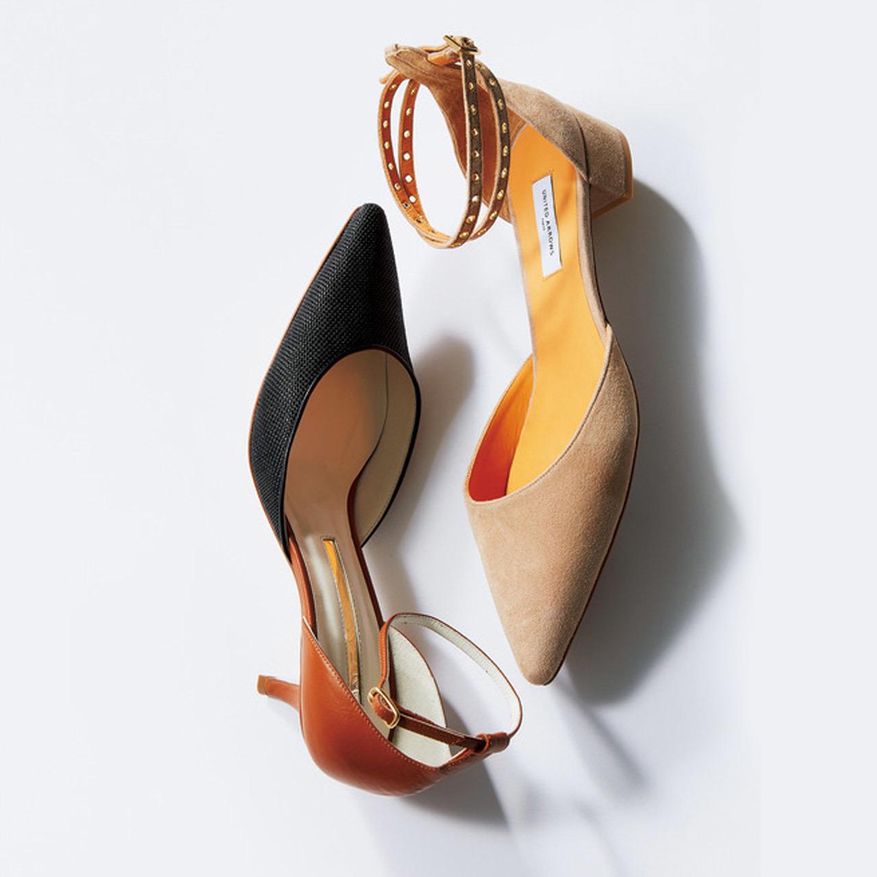 <ダークカラーの「華奢ストラップ」がお仕事靴の新定番!>